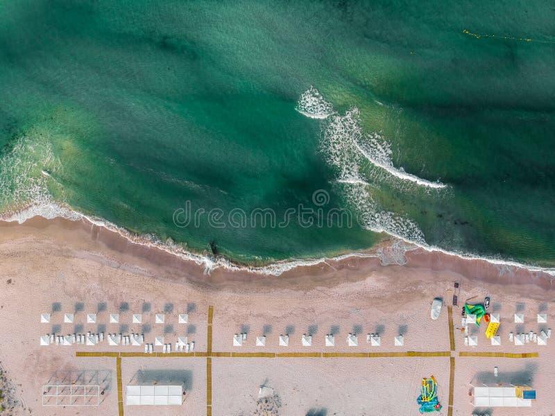 Photo aérienne de vue supérieure d'un paysage de mer crimea images libres de droits