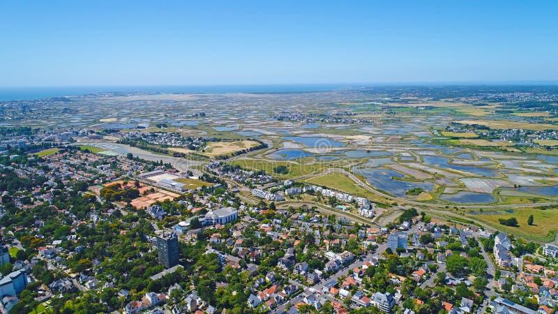 Photo aérienne des marais de sel de Guerande de La Baule photos stock
