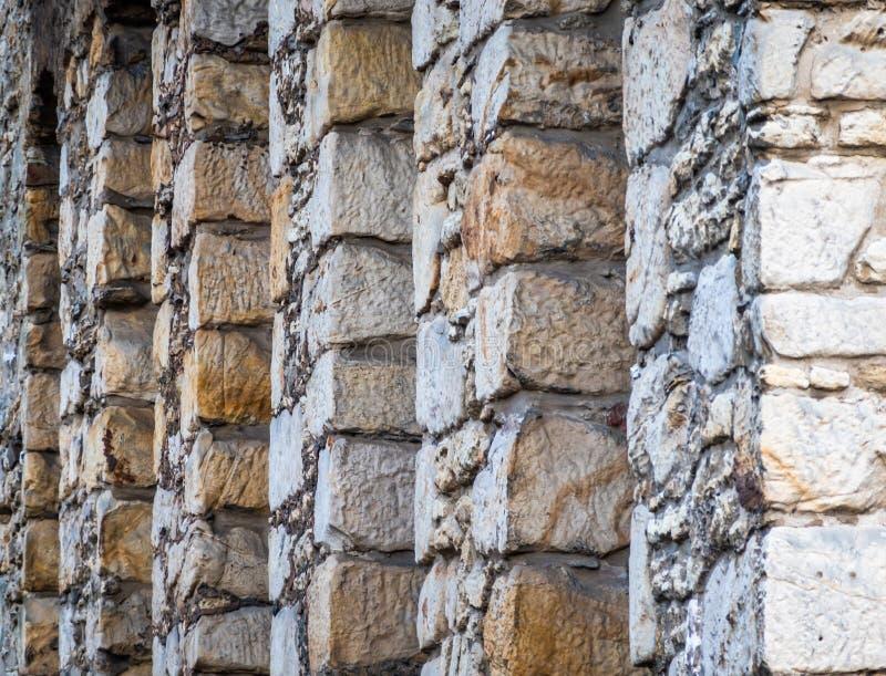Photo abstraite du mur en pierre épais même arrière d'un hôtel dans la vieille ville de Goslar images libres de droits