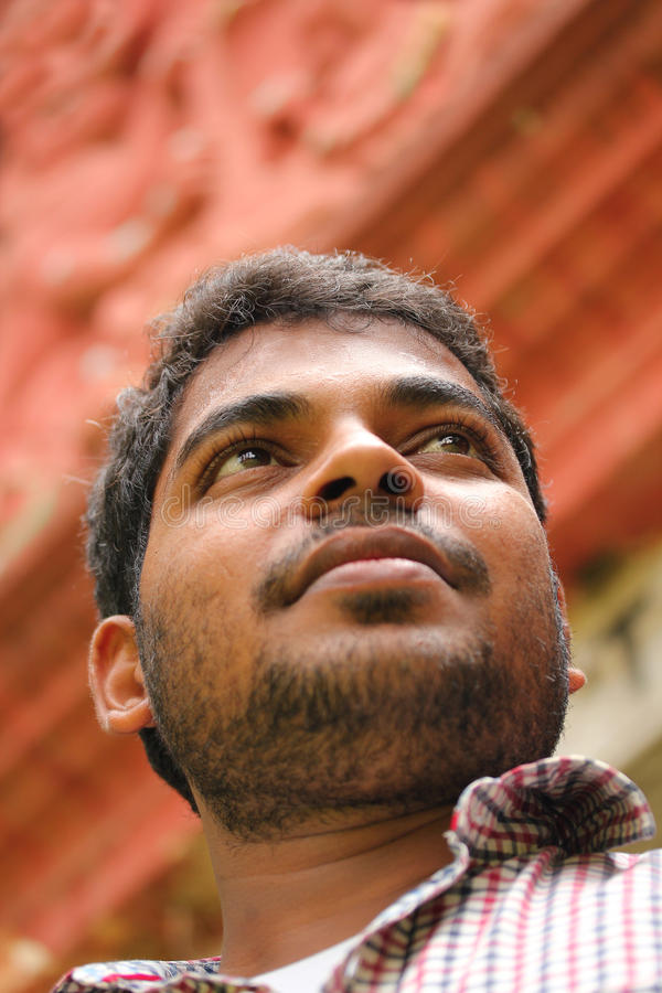 Photo d'homme indien confiant d'affaires avec la visibilité photo libre de droits