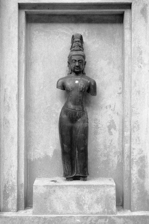 Photo de film de B&W de statue d'avalokitesvara de Bouddha photo libre de droits