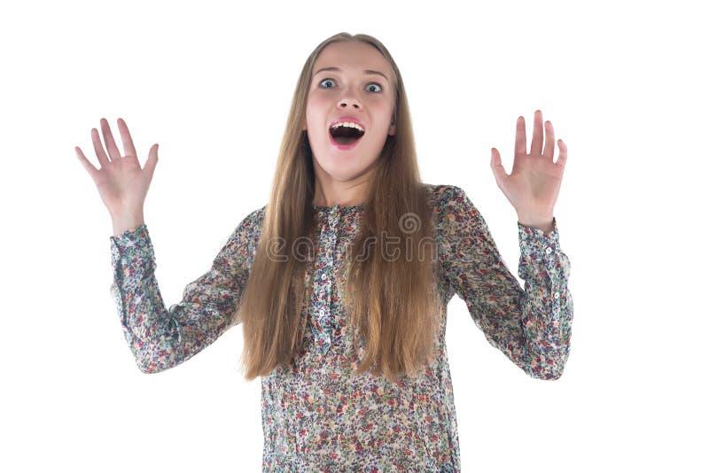 Photo de jeune femme étonnée heureuse photographie stock