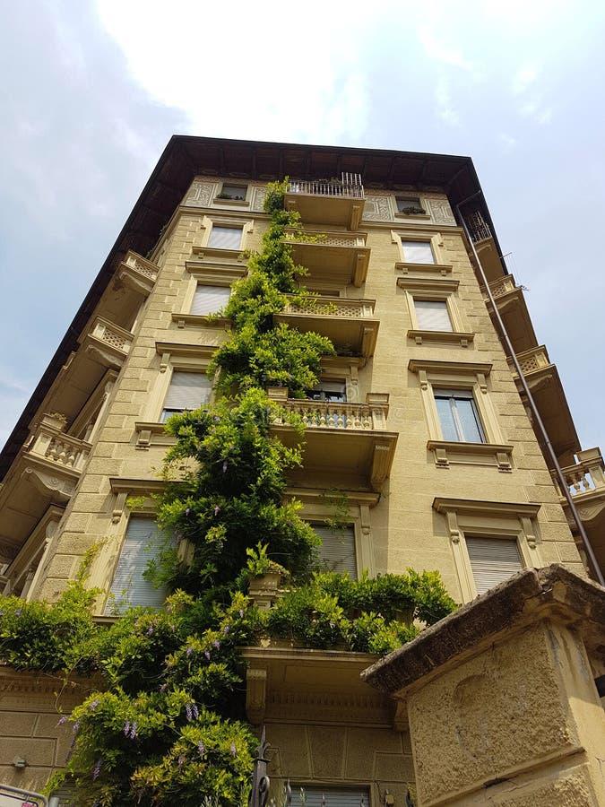 Photo de la façade d'un bâtiment historique photo libre de droits