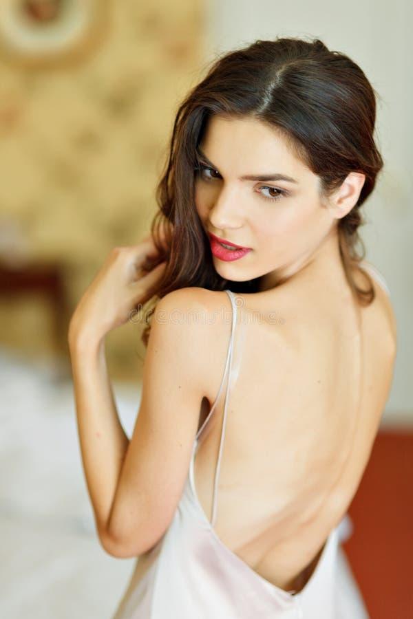 Photo de mode de boudoir d'art de belle femme image stock