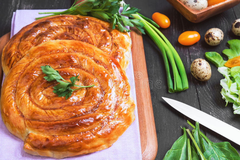 Photo de nourriture de burek de tartes image libre de droits