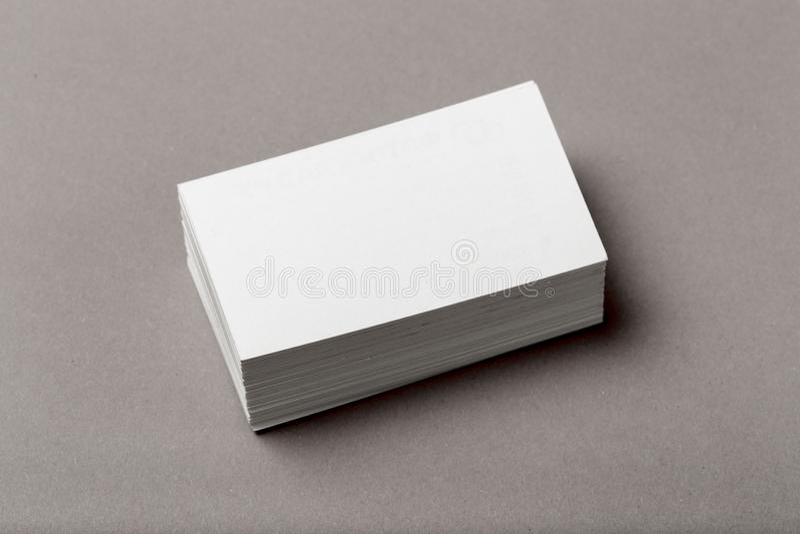 Photo de pile de cartes de visite professionnelle de visite Calibre pour l'identité de marquage à chaud photos libres de droits