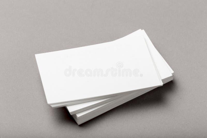 Photo de pile de cartes de visite professionnelle de visite Calibre pour l'identité de marquage à chaud images libres de droits