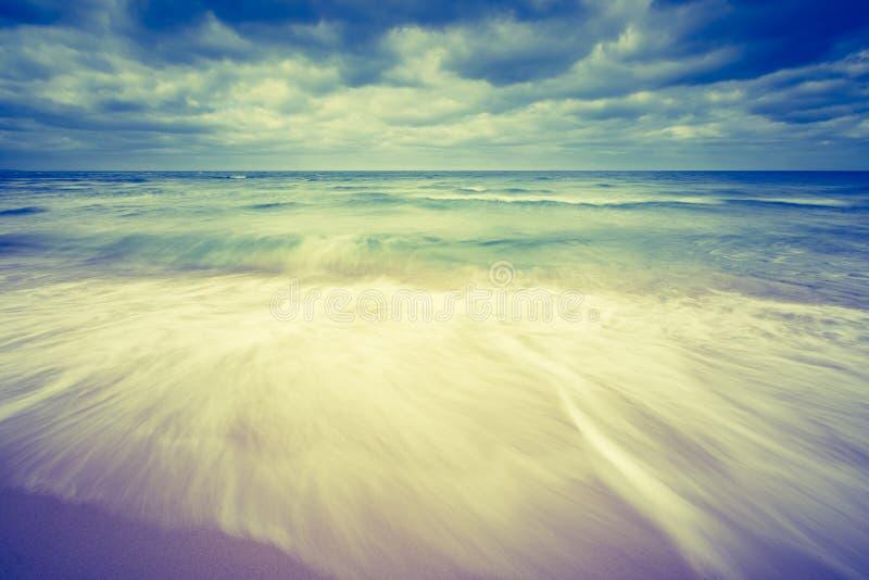 Photo de vintage de beau paysage de plage images libres de droits