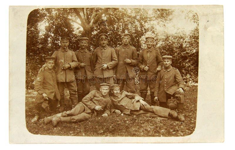 Photo de vintage du dirigeant et des soldats de la Première Guerre Mondiale images stock