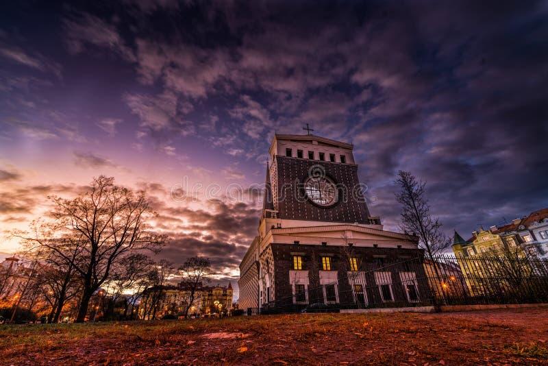 Photo du soir de l'église du plus Sacré-Coeur de Notre-Seigneur photographie stock