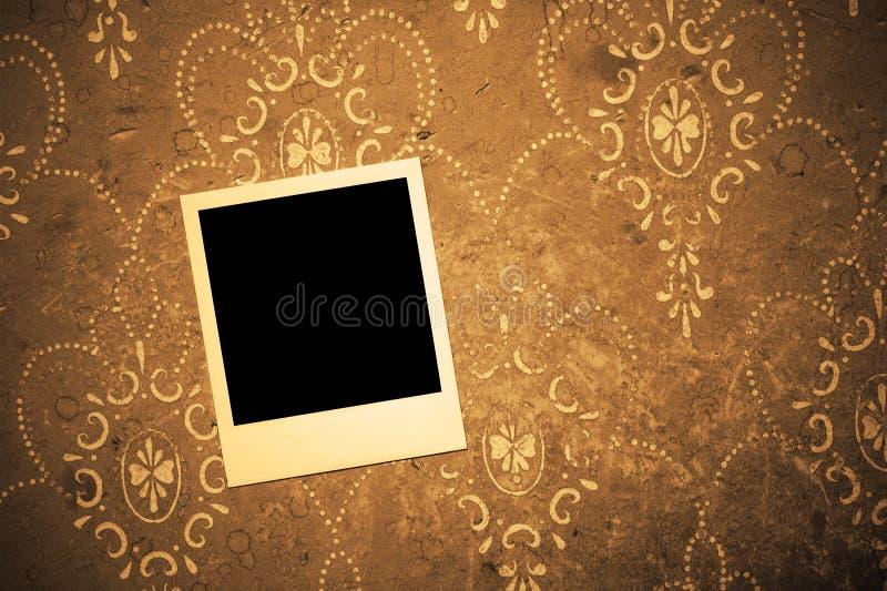 Photo polaroïd sur le mur photos libres de droits