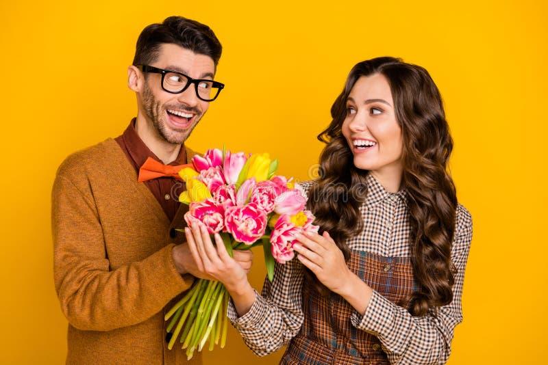 Лучшие цветы доставка цветов Харьков ради женитьбы