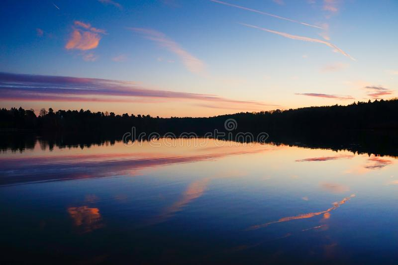 Photo Of White Clouds And Blue Sky Reflecting On Body Of Water Free Public Domain Cc0 Image