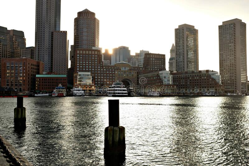 Photograph Of City Skyline Free Public Domain Cc0 Image