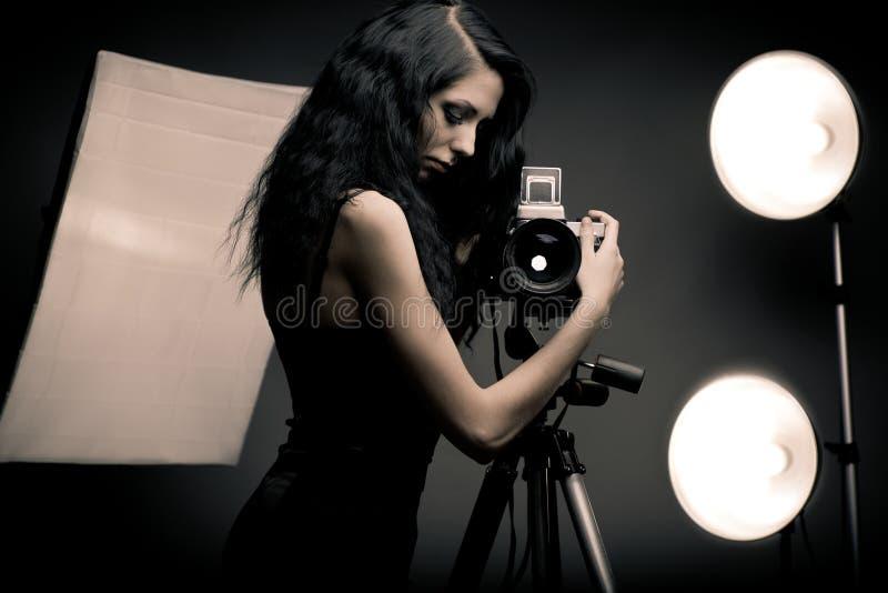 Photographe élégante de femme images stock