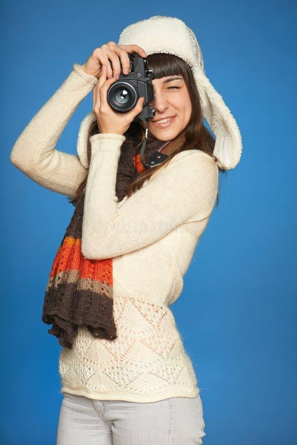 Photographe de femme faisant la photo de vous photo stock