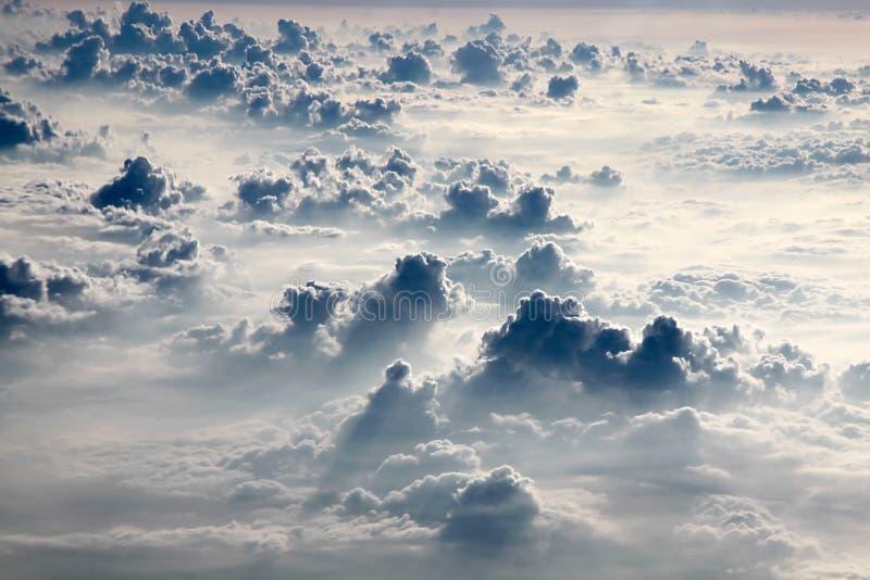Photographie aérienne avec des nuages photographie stock
