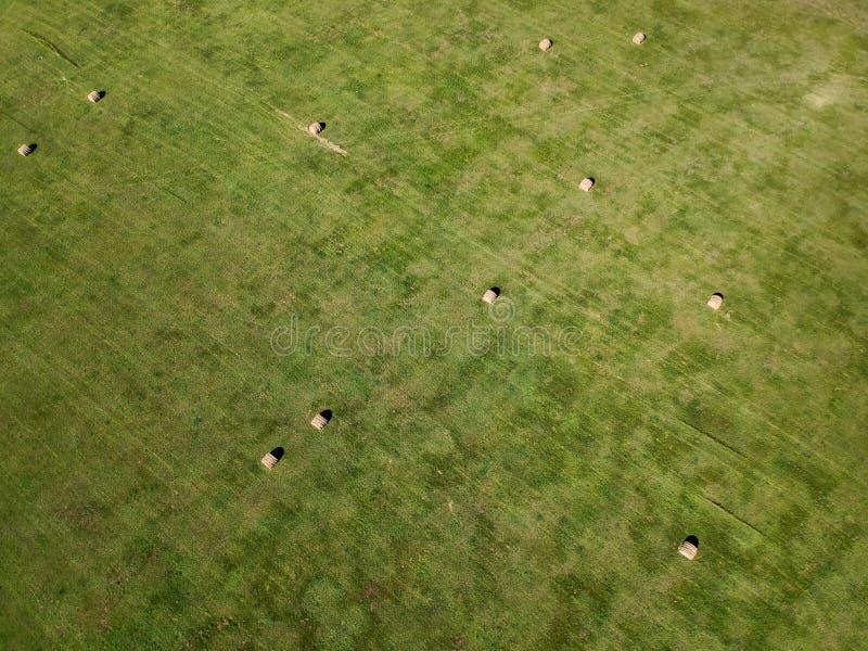 Photographie aérienne de gisement de balle de foin dans l'agriculture du Dakota du Sud photos stock