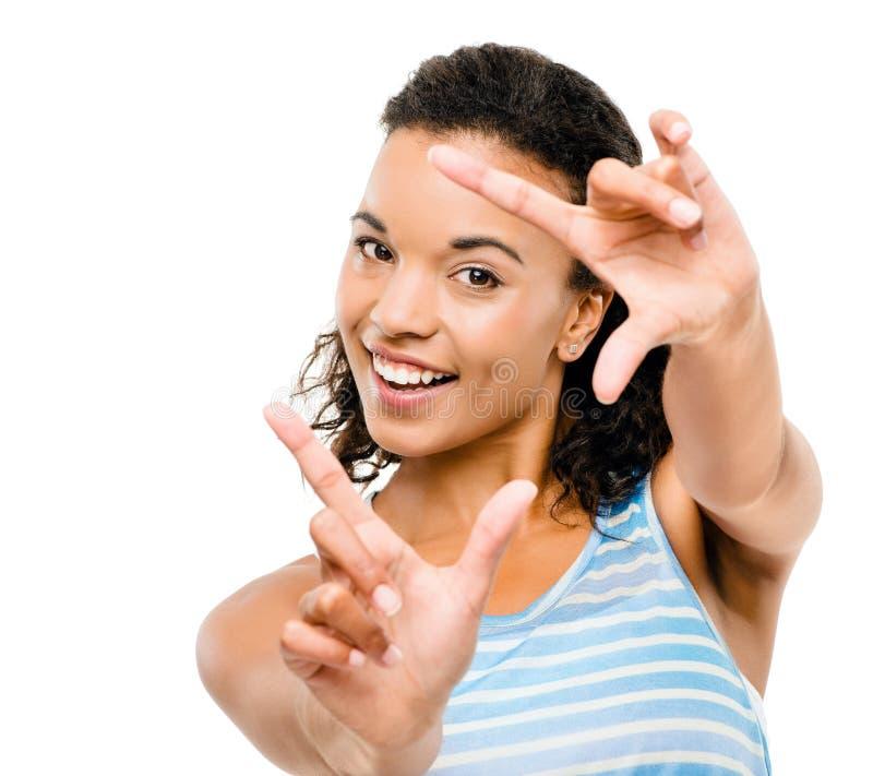 Photographie de encadrement de femme heureuse de métis d'isolement sur le blanc  images stock