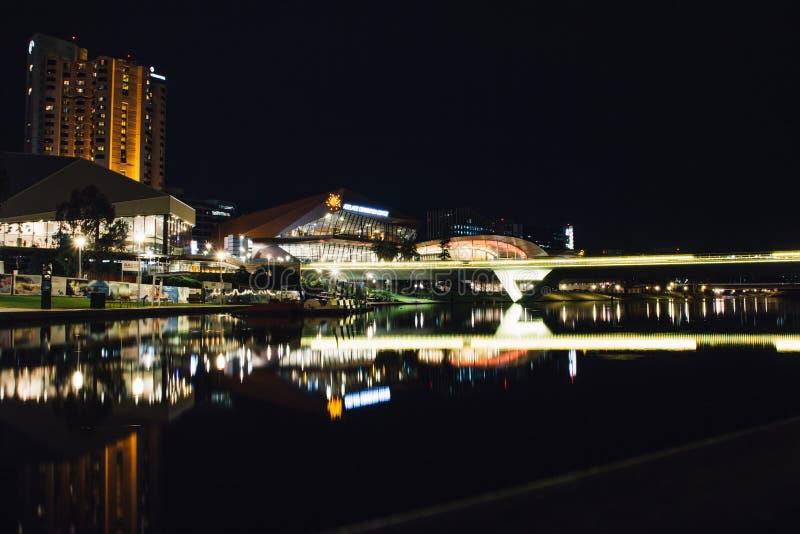 Photographie de nuit de rivière d'Adelaïde image libre de droits