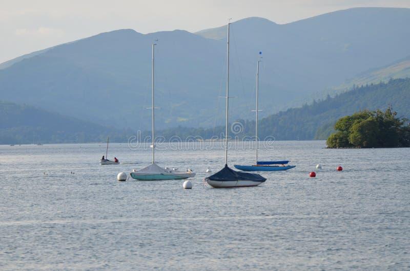 Photographie de paysage rentrée le secteur de lac photographie stock libre de droits