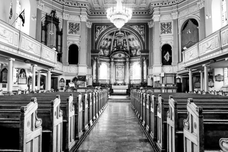 Photographie noire et blanche intérieure d'église de St Marylebone, mars photo libre de droits
