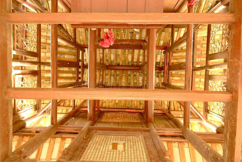 Photographiez le dessus d'un vieux pavillon photographie stock libre de droits