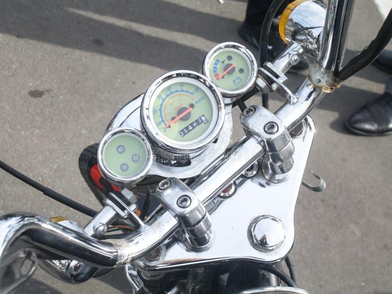 Photoset de una motocicleta Honda, motoristas de los deportes de la reunión para un partido cerca del motodrome fotografía de archivo