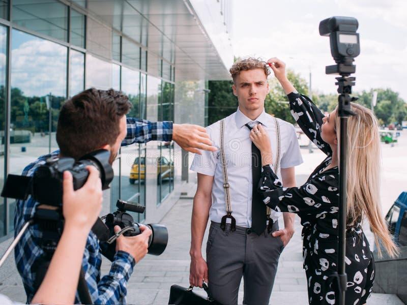 Photoshoot créatif d'idées de directions de photographe photographie stock libre de droits