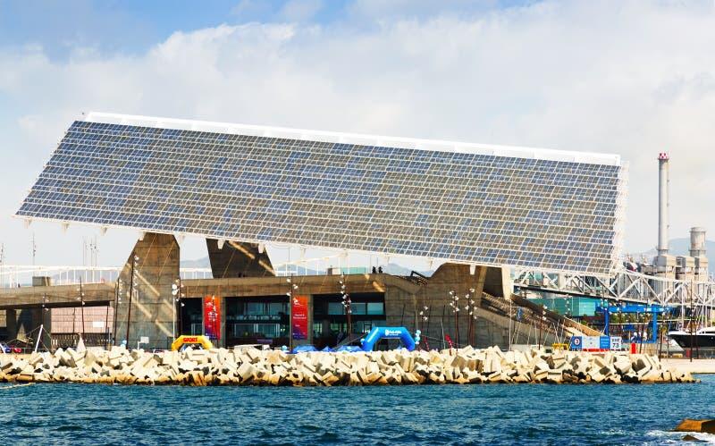 Photovoltaic plaat bij Forumgebied in Barcelona stock foto