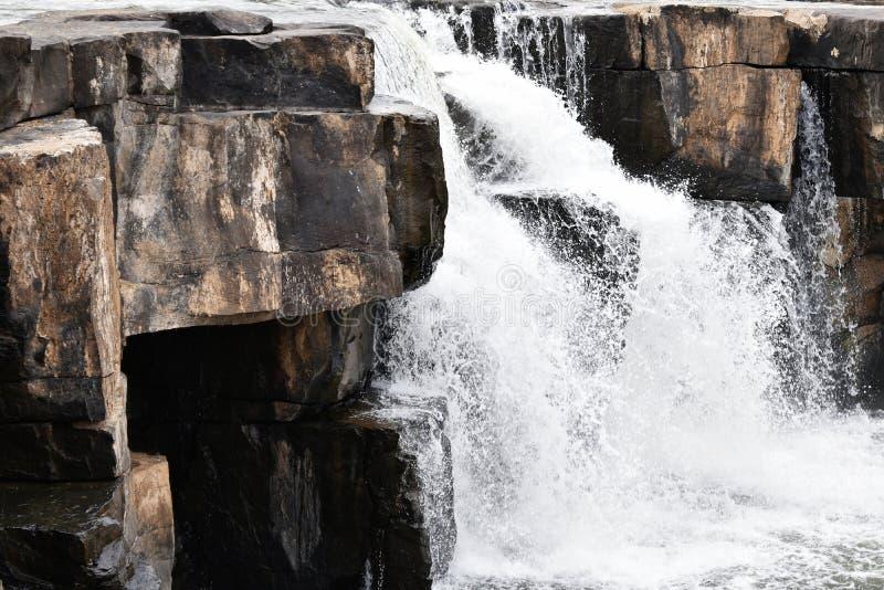 Phoy瀑布, Wangthong,彭世洛在泰国 库存图片