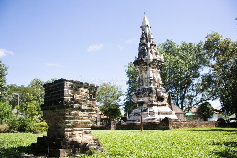 Phra Że Kong Khao Noi jest antycznym Chedi w Yasothon lub stupą, Tajlandia obraz royalty free