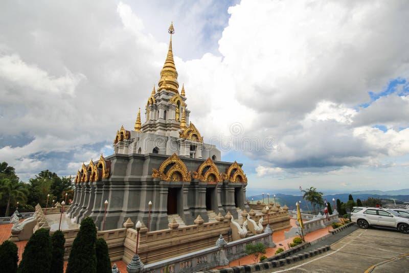 Phra Boromathat Chedi, Doi MaeSalong, Chiangrai, Thaïlande photographie stock libre de droits