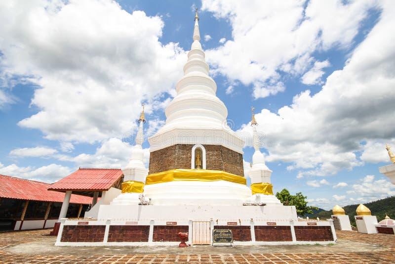 Phra Chedi Srivichai Jom Kiri, Lamphun, Tailandia foto de archivo