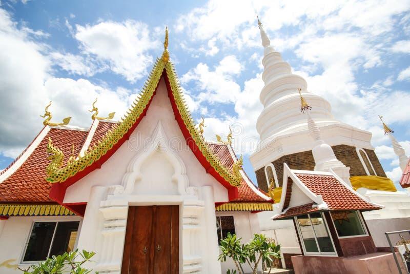 Phra Chedi Srivichai Jom Kiri, Lamphun, Tailandia fotografía de archivo libre de regalías