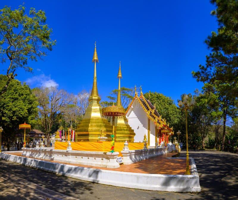 Phra det Doi Tung tempel royaltyfri bild