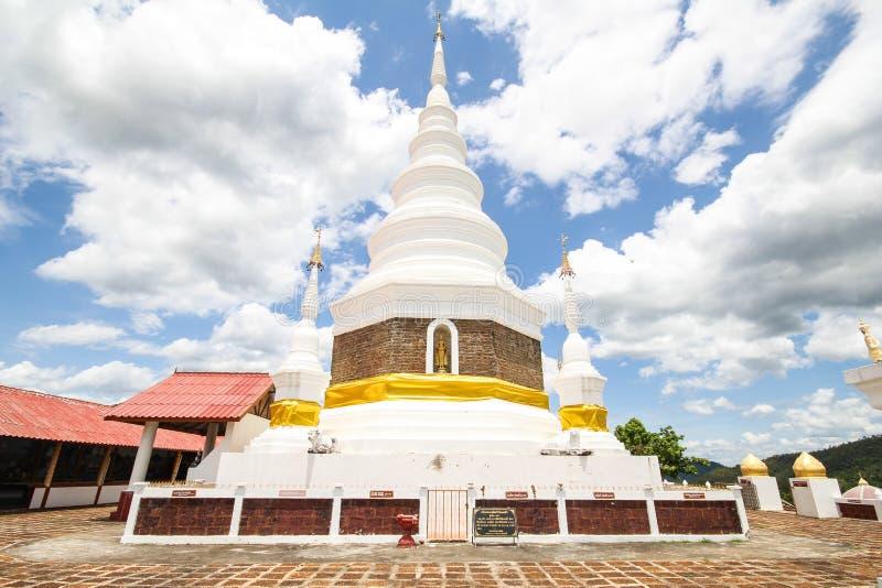 Phra Jedi Sriwichai Jom Kiri tempel, Lamphun Thailand arkivfoto