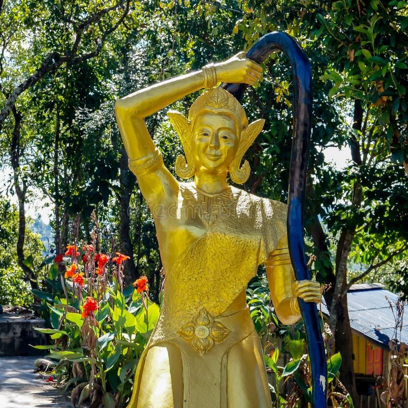  Phra Mae Thorani VasundharÄ die goddes von Erde lizenzfreie stockfotografie