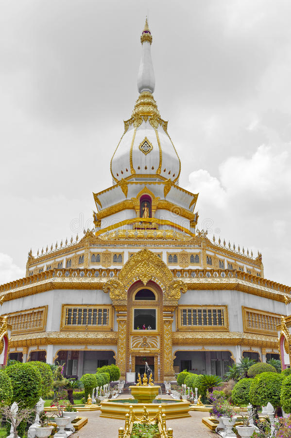 Phra Maha Chedi Chai Mongkol, Roi Et province, northeastern Thailand. Phra Maha Chedi Chai Mongkol, a highly-revered pagoda containing relics of Buddha, located royalty free stock images