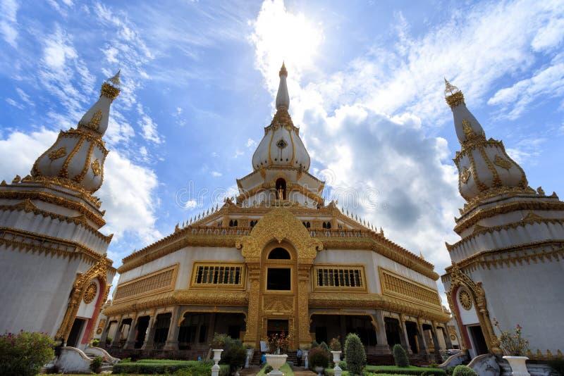 Phra Maha Chedi Chai Mongkol (tempio), €Ž di Roi Et Provinceâ, Thail fotografia stock libera da diritti