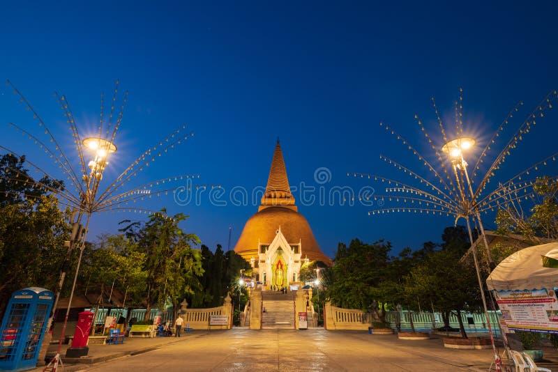 Phra Pathom Chedi jest stupą w Tajlandia Stupa poganin jest pierwszy, stary, wysoki, i fotografia royalty free