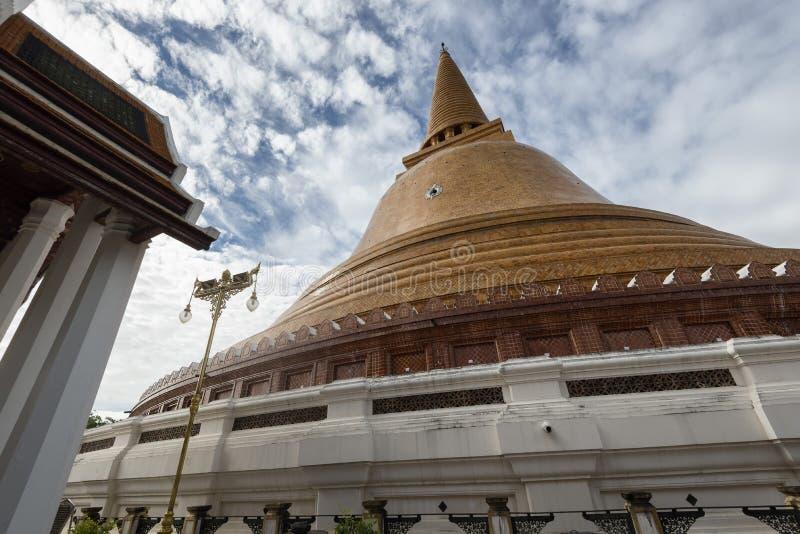 Phra Pathom Chedi, o pagode em segundo o mais alto do mundo, Nakhon Pathom, T imagens de stock royalty free