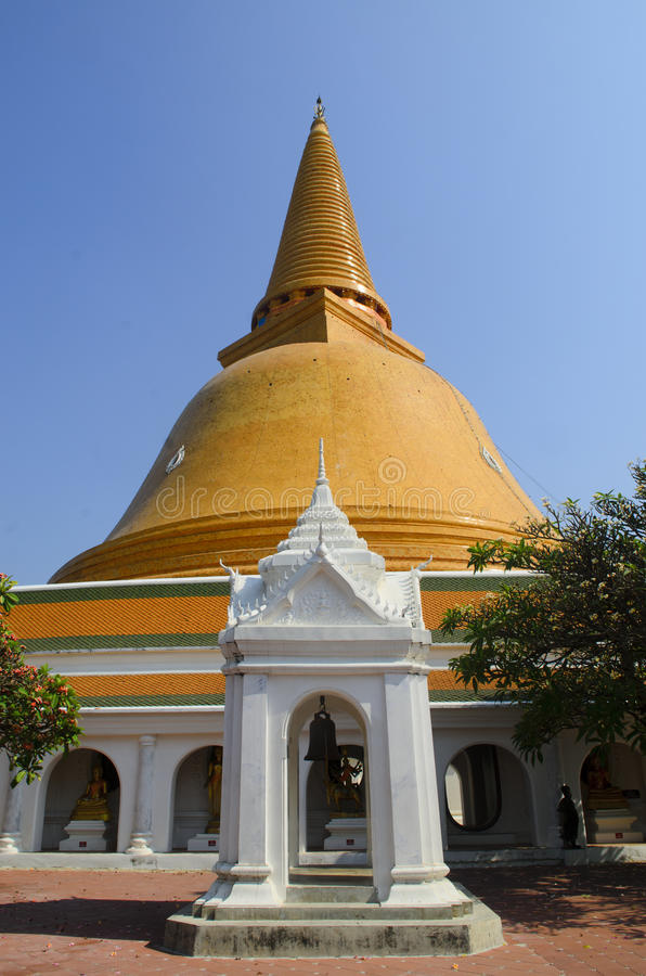Phra Pathom Chedi, o stupa o mais alto no mundo imagem de stock