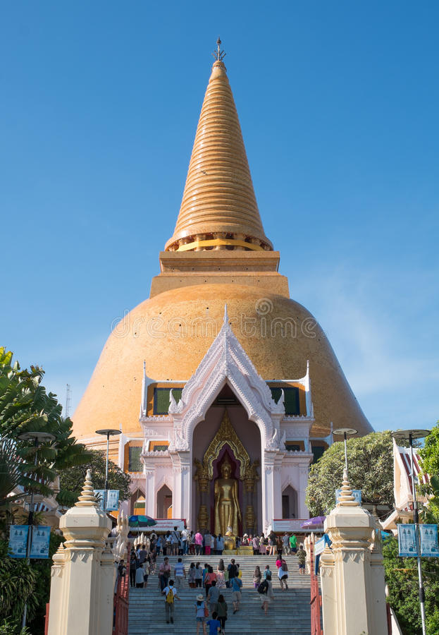 Phra Pathom Chedi, Tailandia imágenes de archivo libres de regalías
