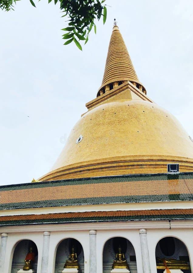 Phra Pathommachedi, το μεγαλύτερο stupa στην Ταϊλάνδη στοκ εικόνες