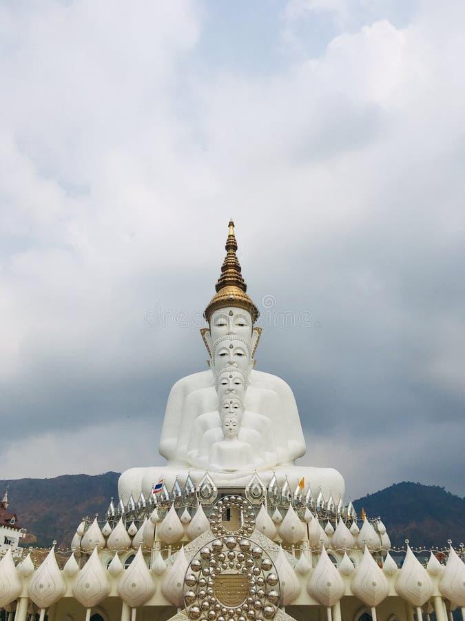 Phra That Pha Son Kaew Tempel in Khao Kho, Phetchabun, Thailand stockbild