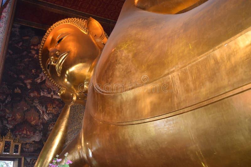 Phra Phutta Saiyat Phra не Wat Phra Chetuphon Wimon известное также как висок возлежа Будды стоковые фотографии rf