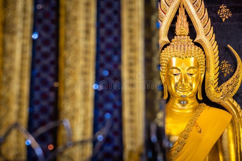 Phra Phuttha Chinnarat, Thaise oude erfenis en beschouwd als één van het mooiste die cijfer van Boedha in Thailand, in Wat wordt  stock foto