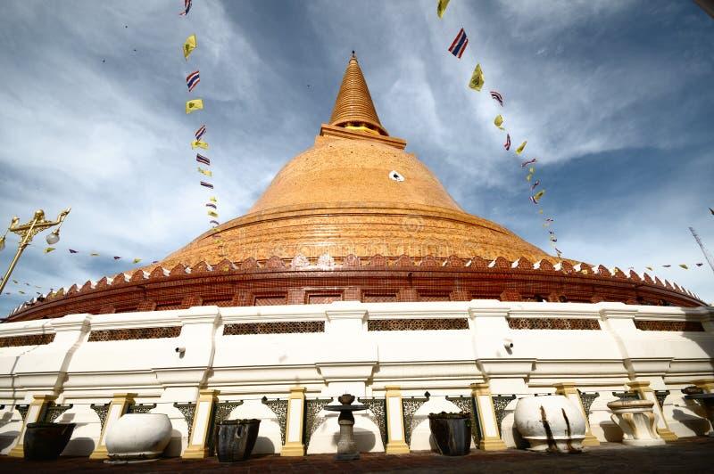PHRA PRATHOM JEDI, The biggest Pagoda of Thailand. Wide angle of PHRA PRATHOM JEDI, The biggest Pagoda of Thailand royalty free stock image