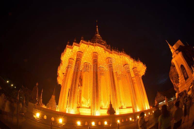 Phrabuddhabat Woramahavihan夜场面在Saraburi,泰国 免版税库存照片
